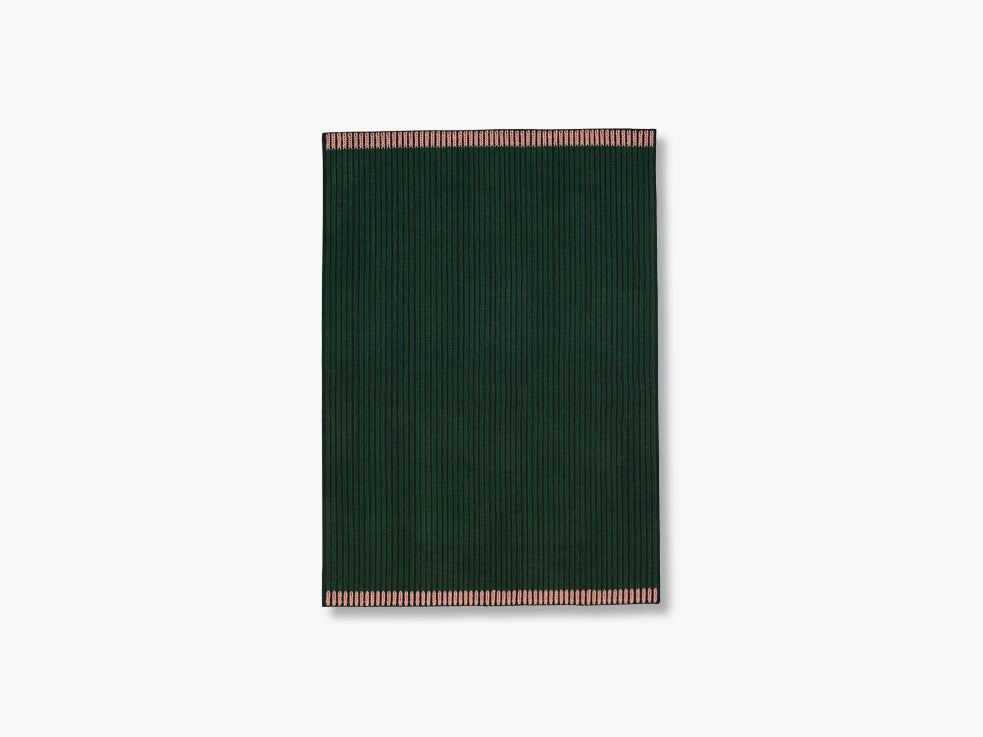 Loop Rug Green-Green-Rose, 140x200 fra Louise Roe