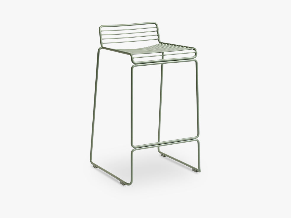 HEE Bar Stool Low, Fall Green fra HAY
