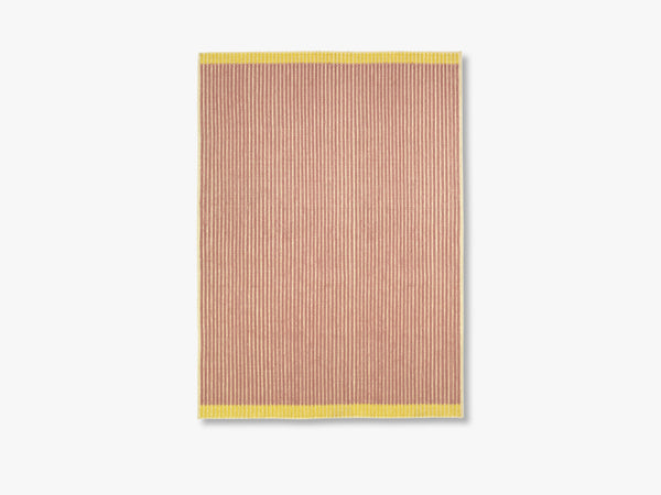 Loop Rug Ecru-Rose-Yellow, 200x300 fra Louise Roe