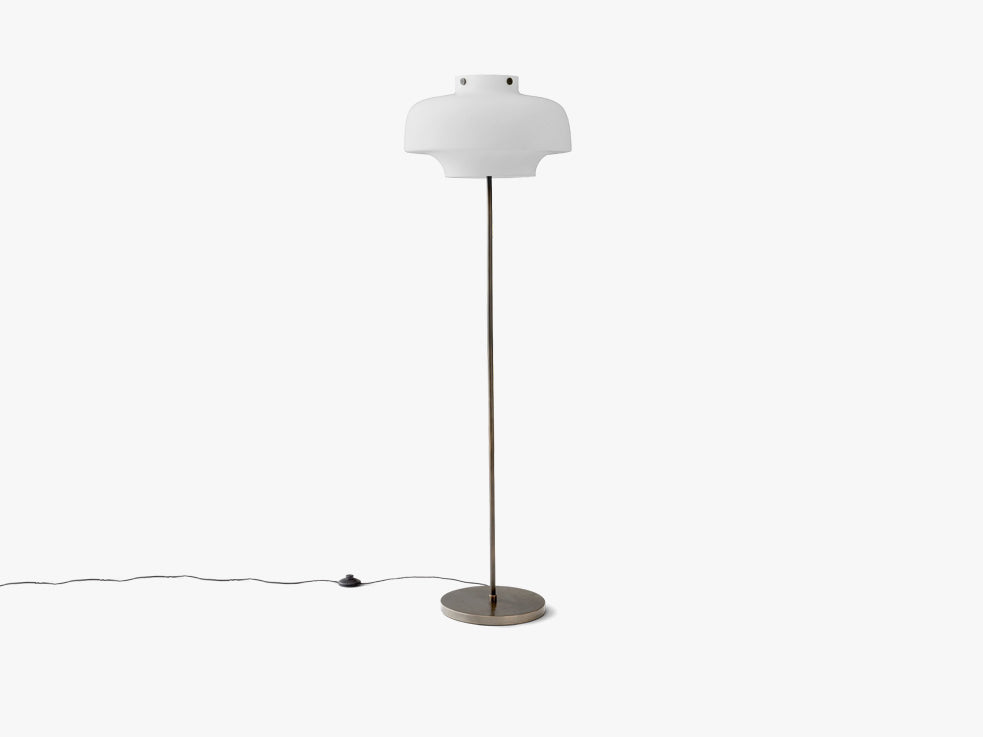 Copenhagen Floor Lamp SC14 fra &tradition