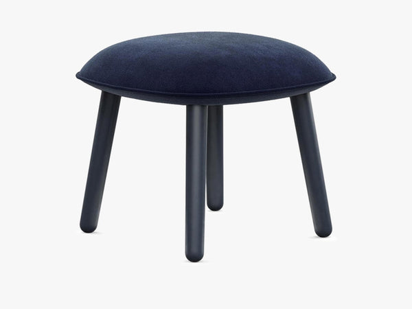 Ace Footstool Velour - Dark Blue fra Normann Copenhagen