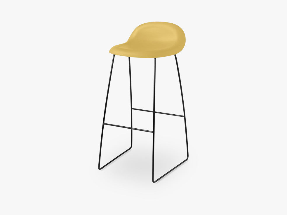 3D Bar Stool - Un-upholstered - 75 cm Sledge Black base, Venetian Gold shell fra GUBI