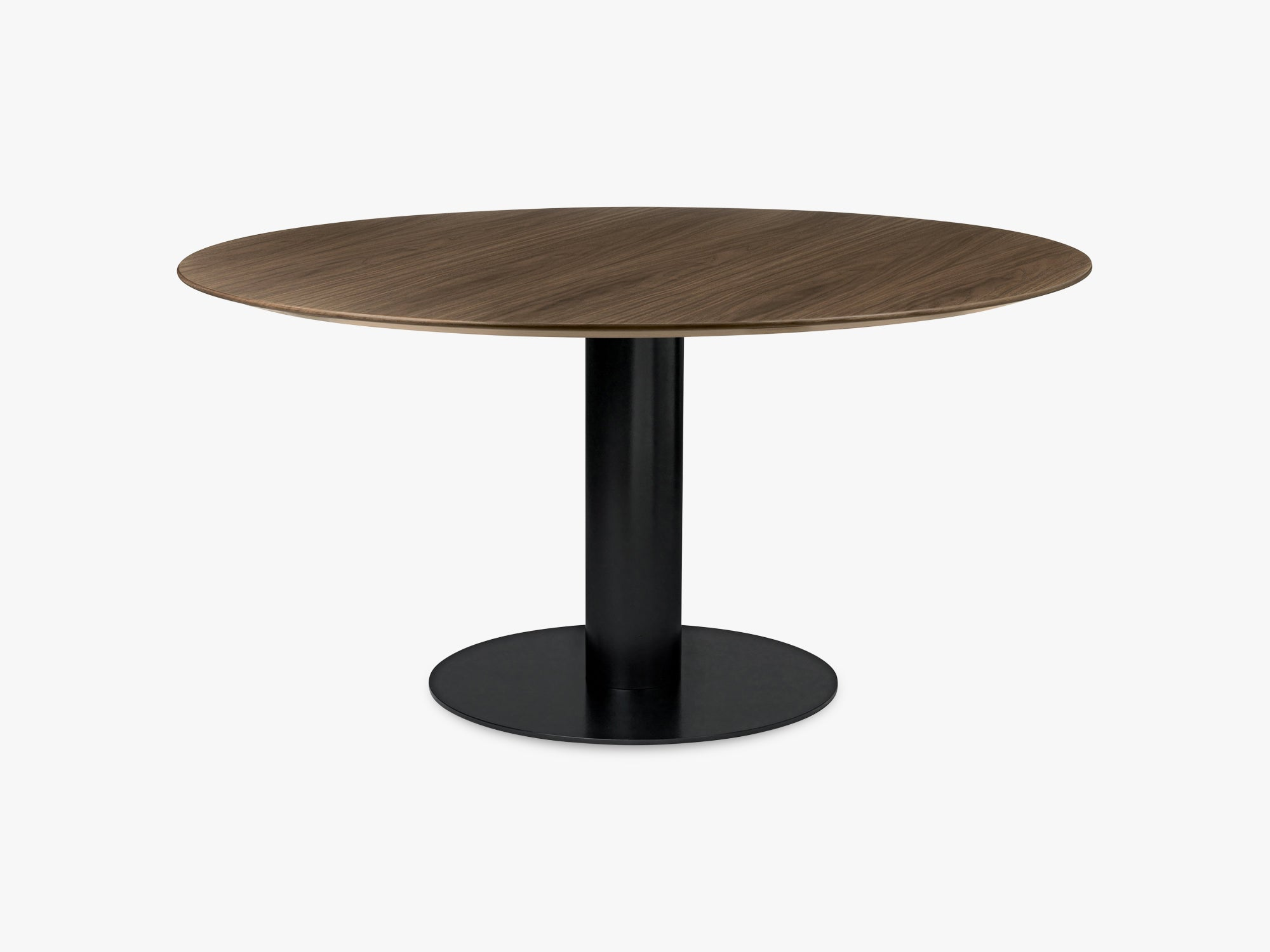 GUBI 2.0 Dining Table - Round - Ø150 - Black base, Walnut top fra GUBI