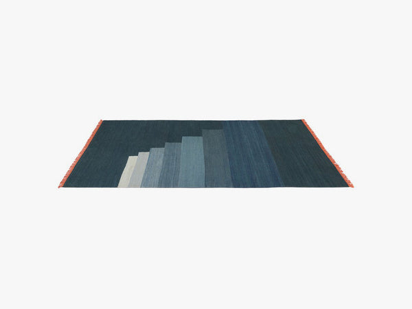 Another Rug - AP3 - Blue Thunder - 170 x 240cm fra &tradition