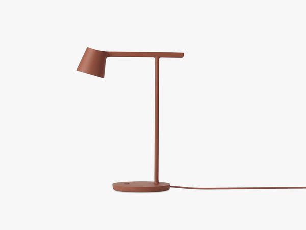 Tip Table Lamp, Copper Brown fra Muuto