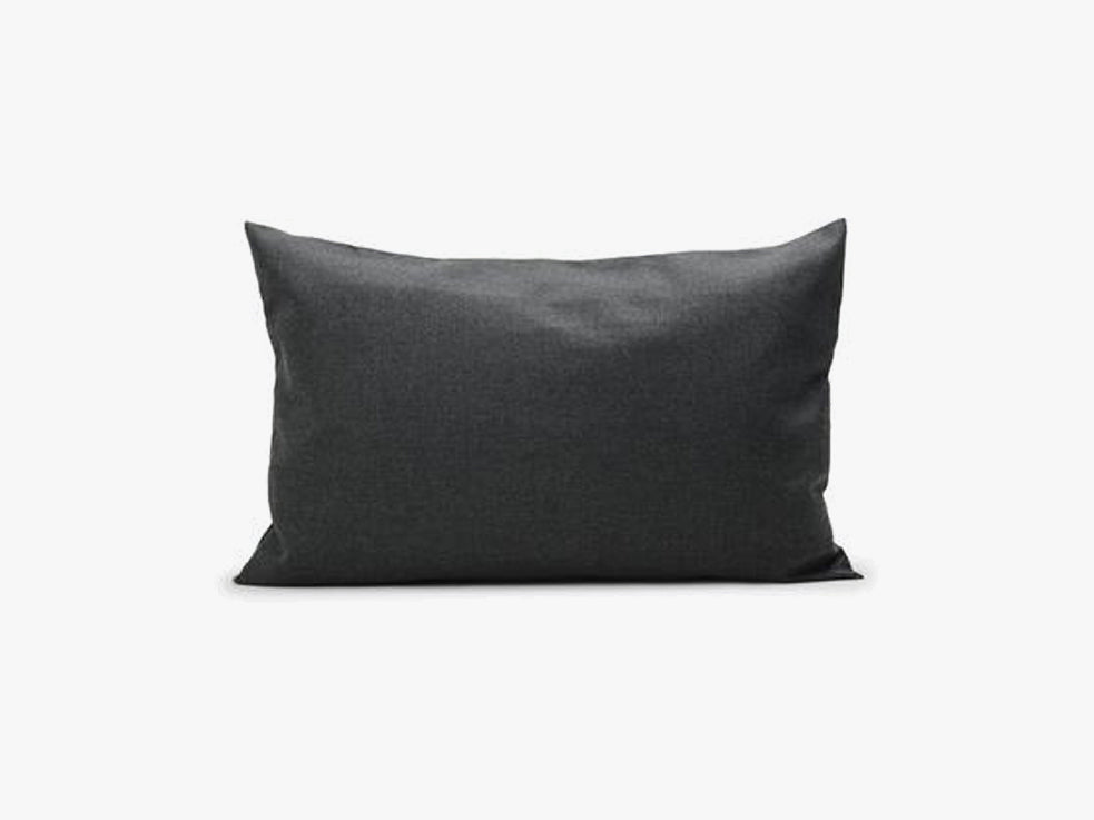 Barriere Pillow 50x80, Charcoal fra SKAGERAK