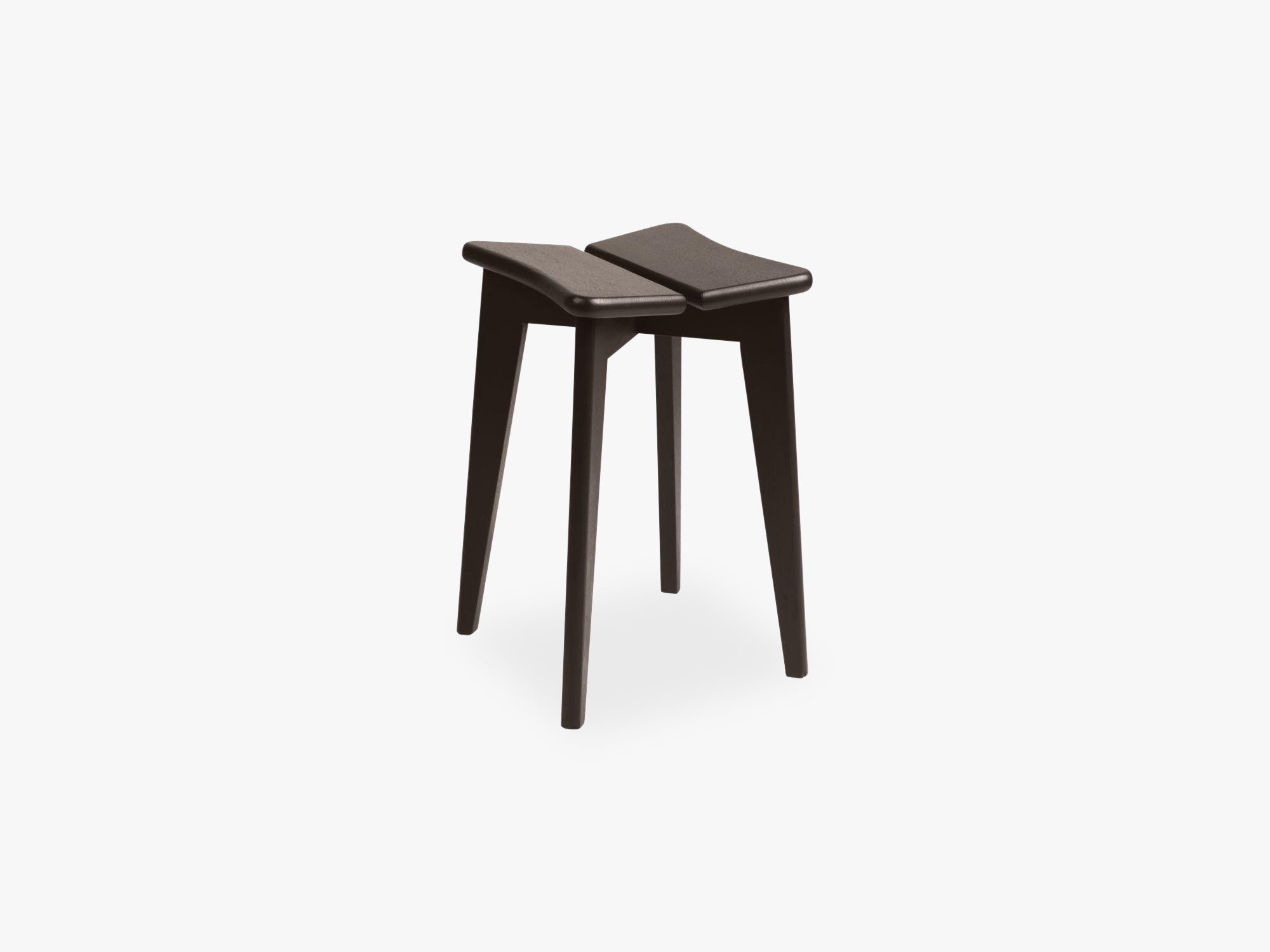Trèfle Stool, Brown/Black Stained Oak Lacquered fra GUBI