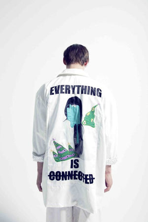 EVERYTHING IS CONNECTED GRAPHIC JACKET WHITE