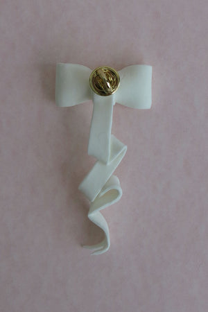 RIBBON Y - WHITE CLAY RIBBON (BROOCH)