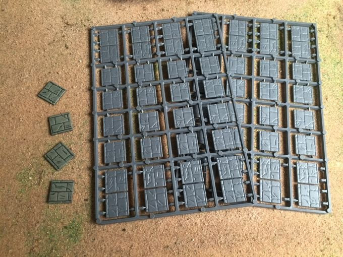 Renedra 20mm Square Paved Effect Plastic Bases
