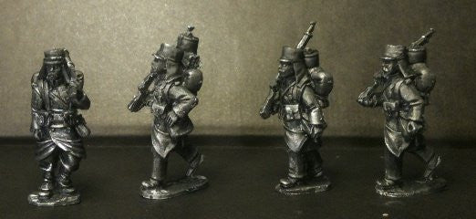 MOD013 - Marching legion In covered Kepi with pack