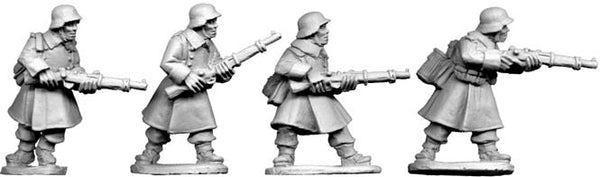 SWW021 - German Riflemen in Greatcoats II