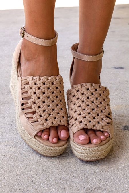 Juti Nude Wedges