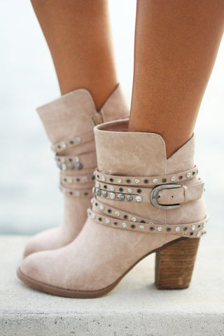 Alpha Cream Booties