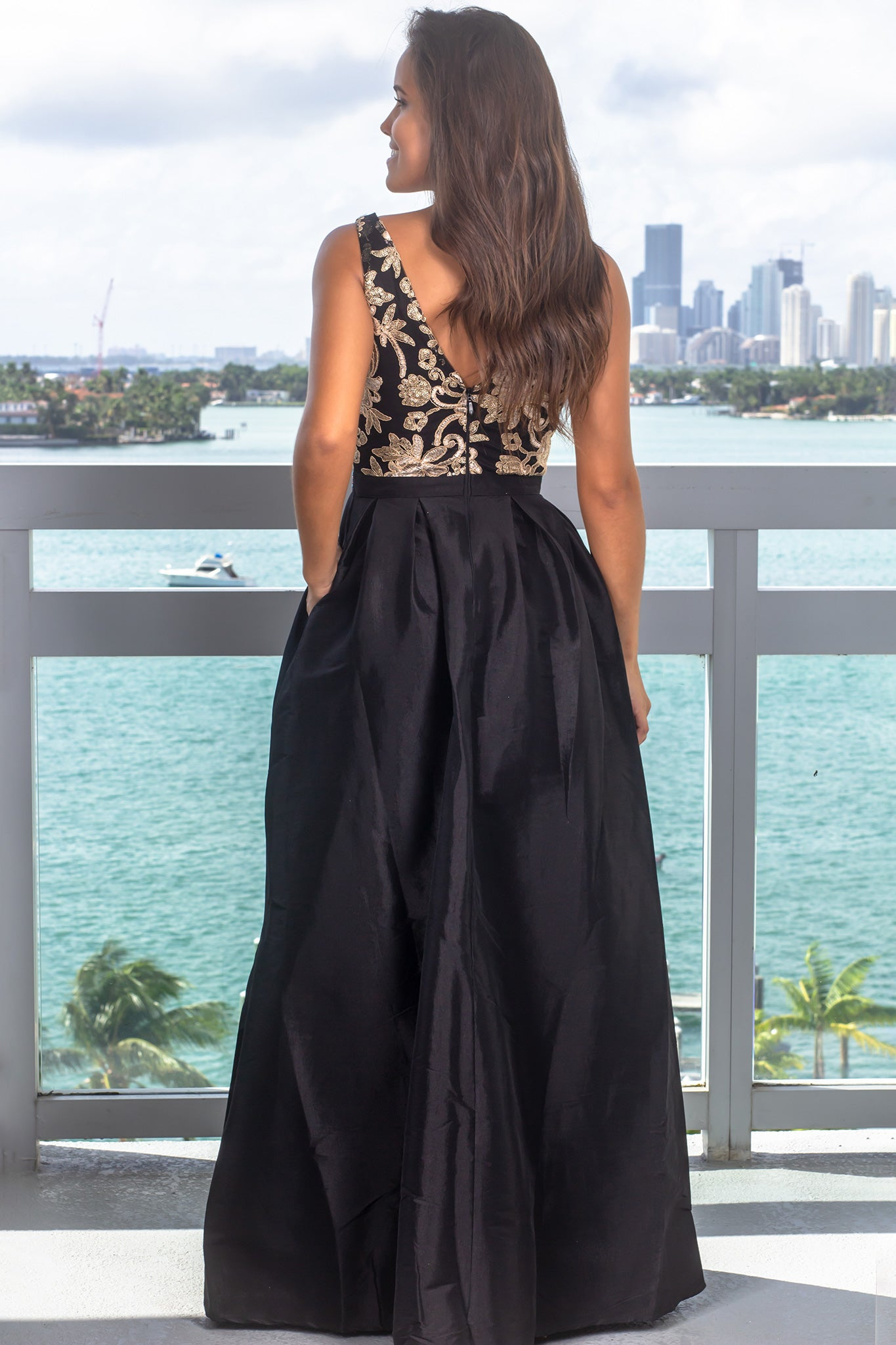 Black Embroidered Top Maxi Dress with Pockets