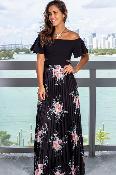 Black Floral Pleated Maxi Dress with Ruffle Sleeves