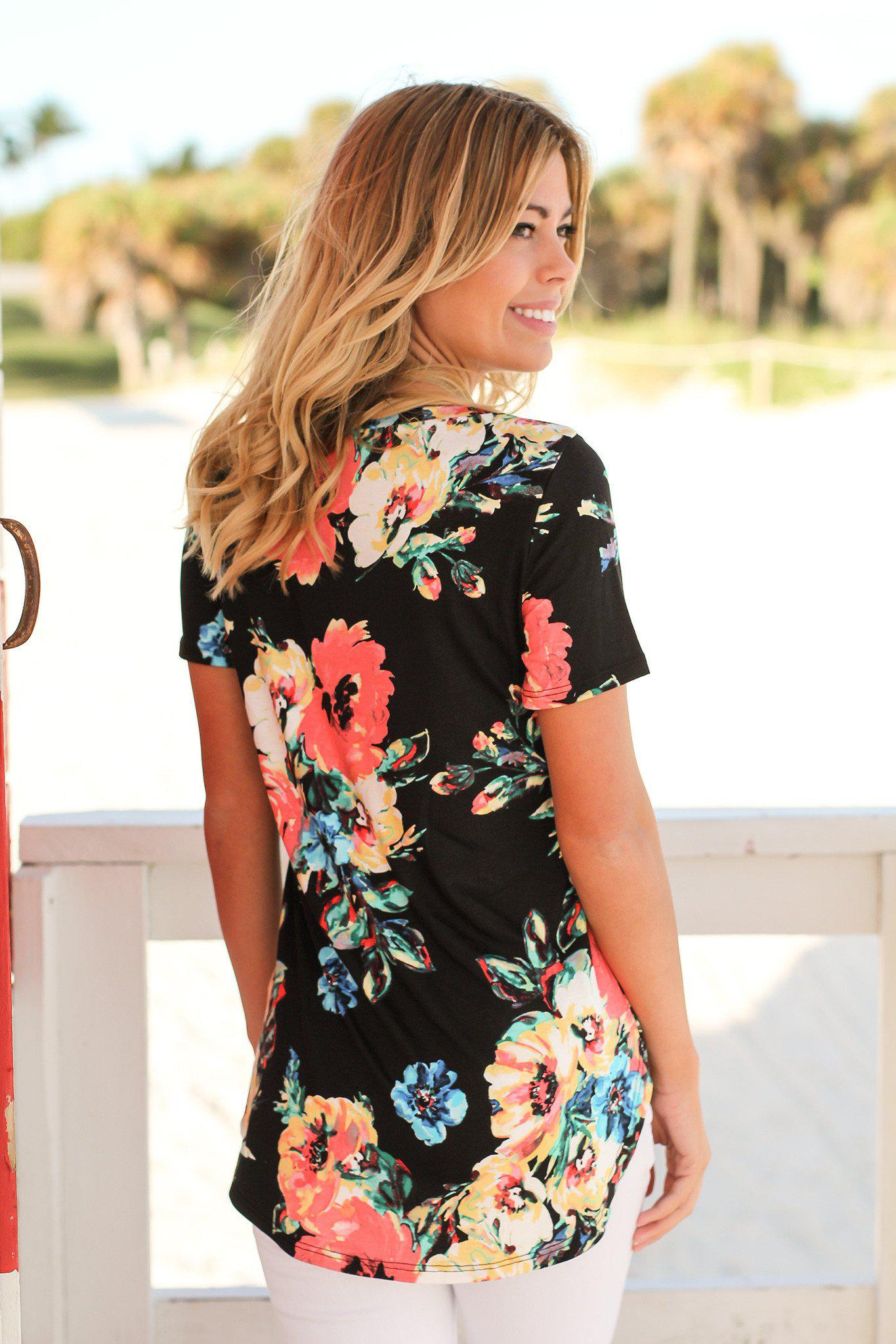 Black Floral Top with Short Sleeves