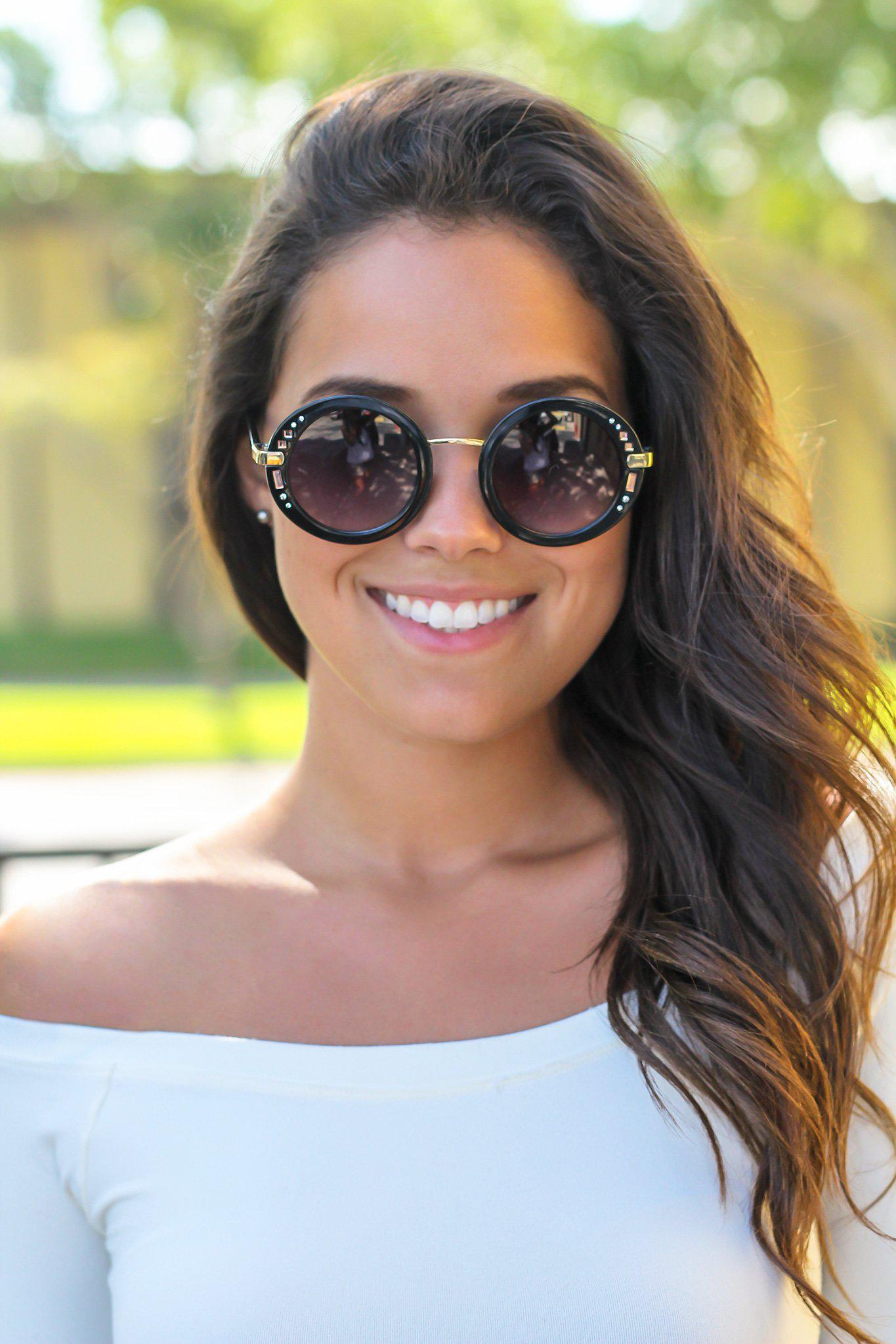 Black Round Sunglasses with Gold Detail