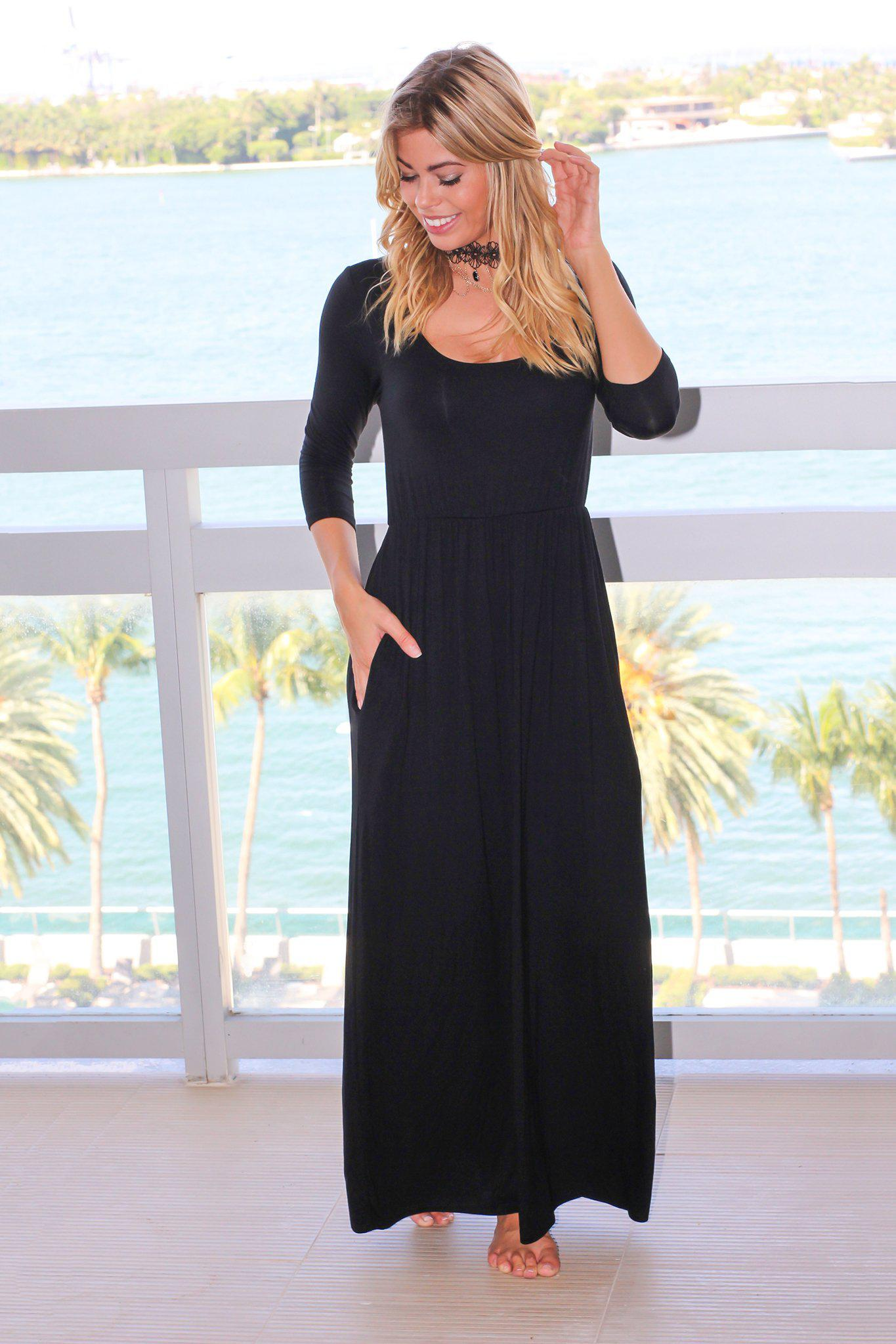 Black Scoop Neck Maxi Dress with 3/4 Sleeves