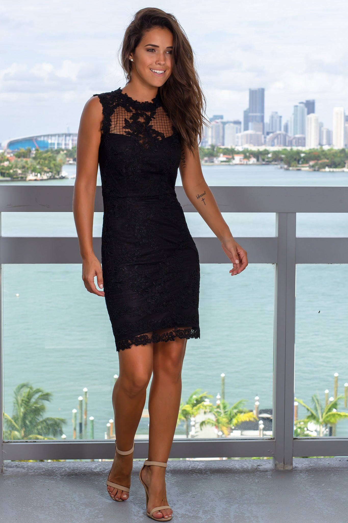 Black Sleeveless Embroidered Short Dress