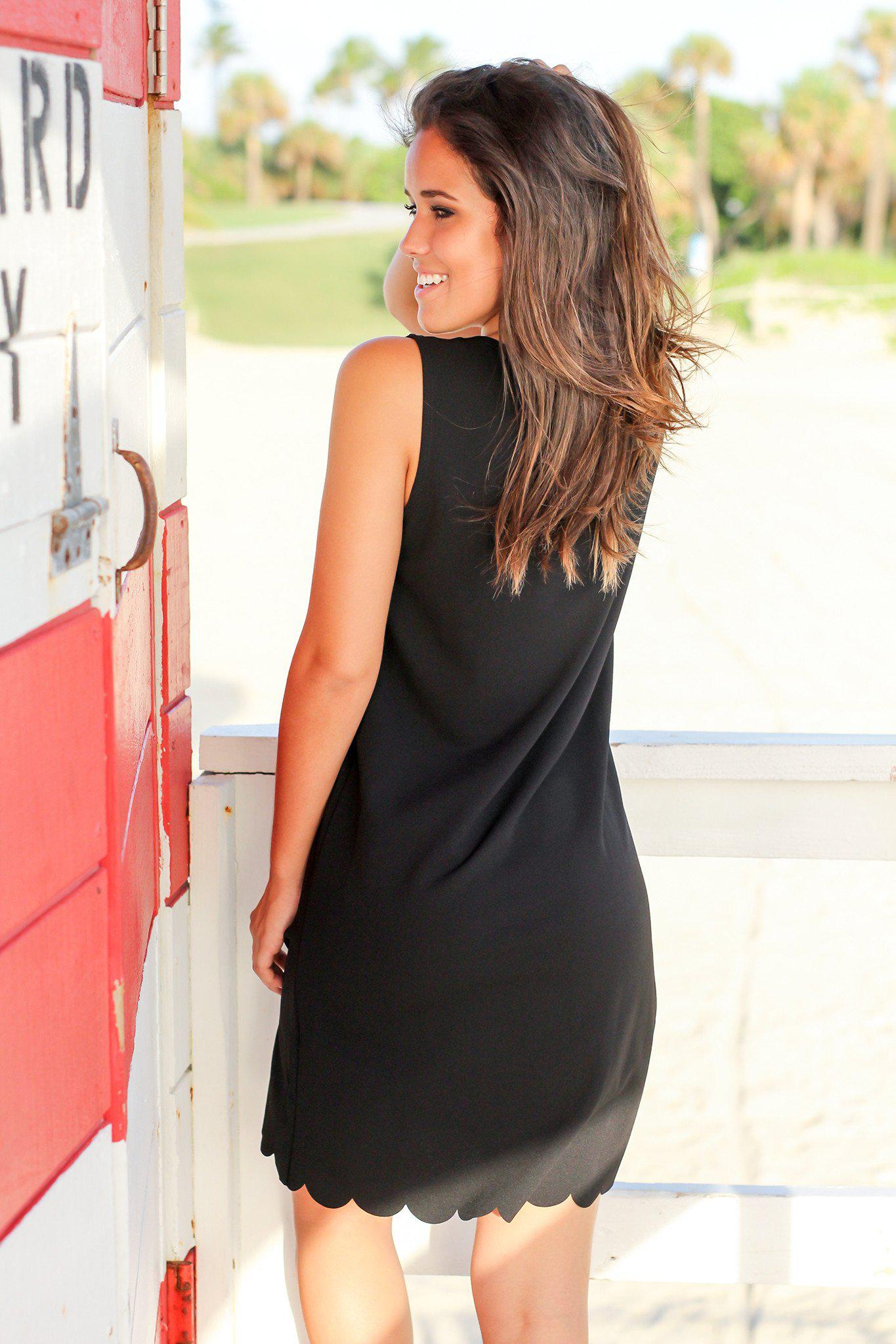 Black Sleeveless Scalloped Short Dress