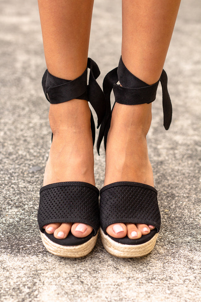 Black Tie Wedges