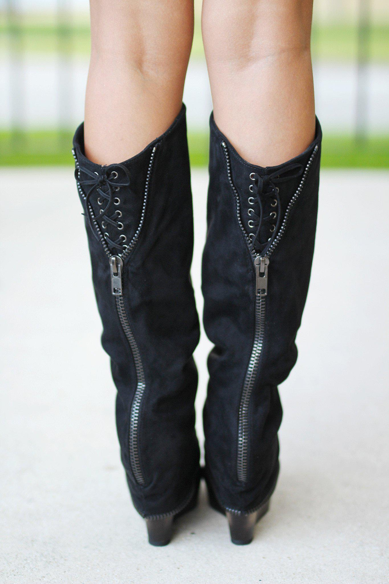 47fc76b6c27f ... Castor Black Wedge Boots ...