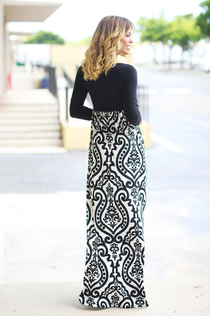 Black and White Printed Maxi Dress With 3/4 Sleeves