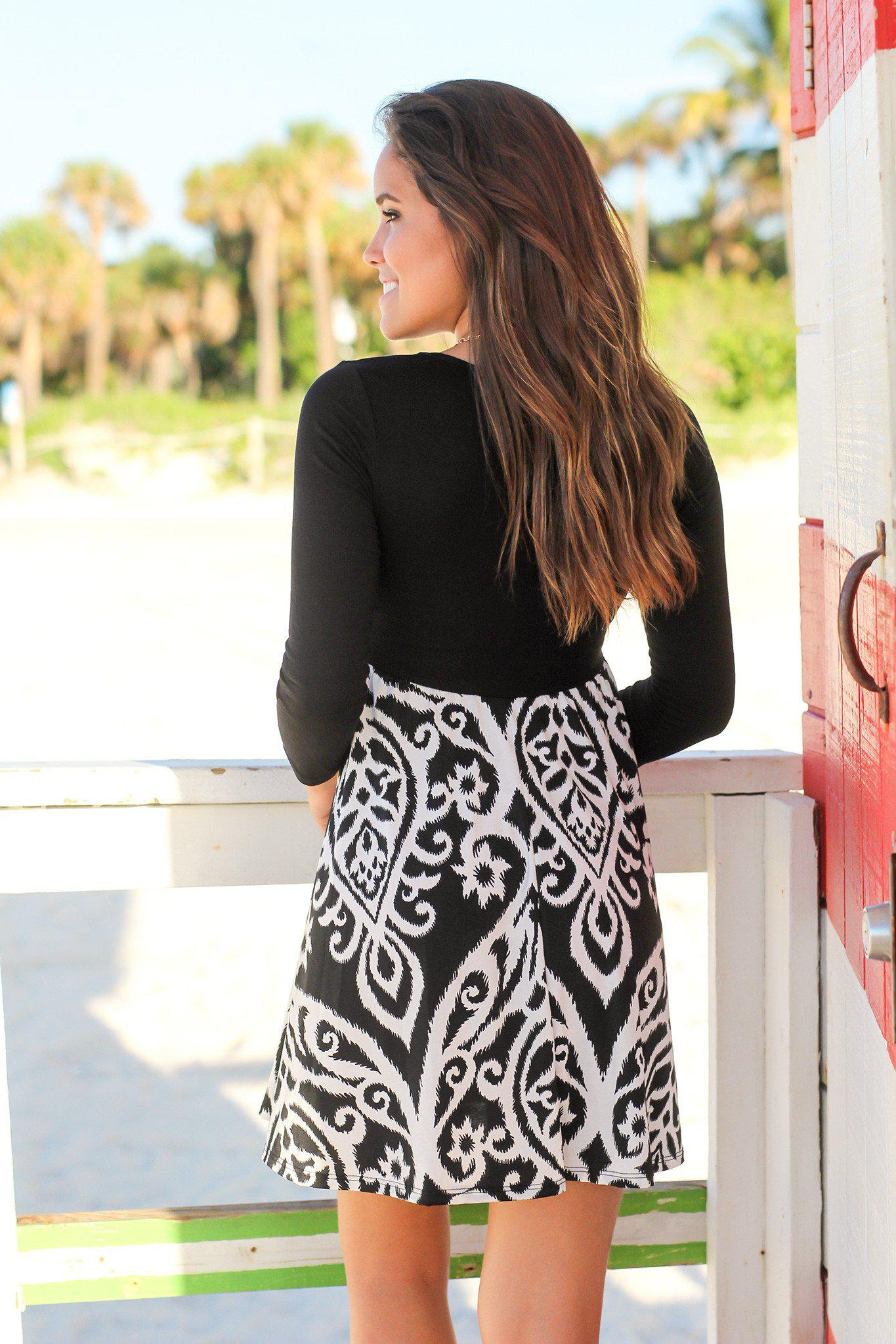 Black and White Printed Short Dress with 34 Sleeves
