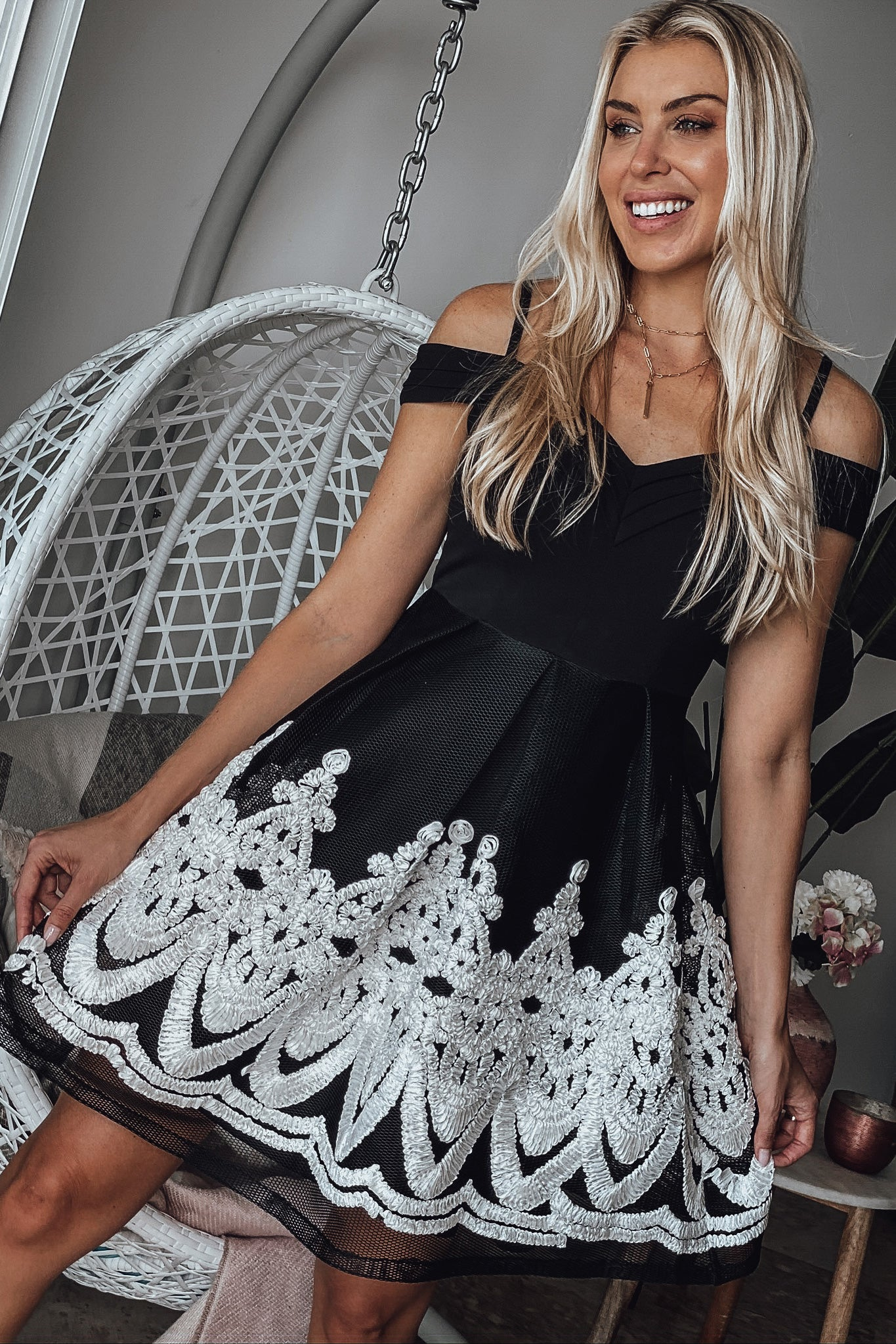 Black and White Off Shoulder Short Dress with Embroidery