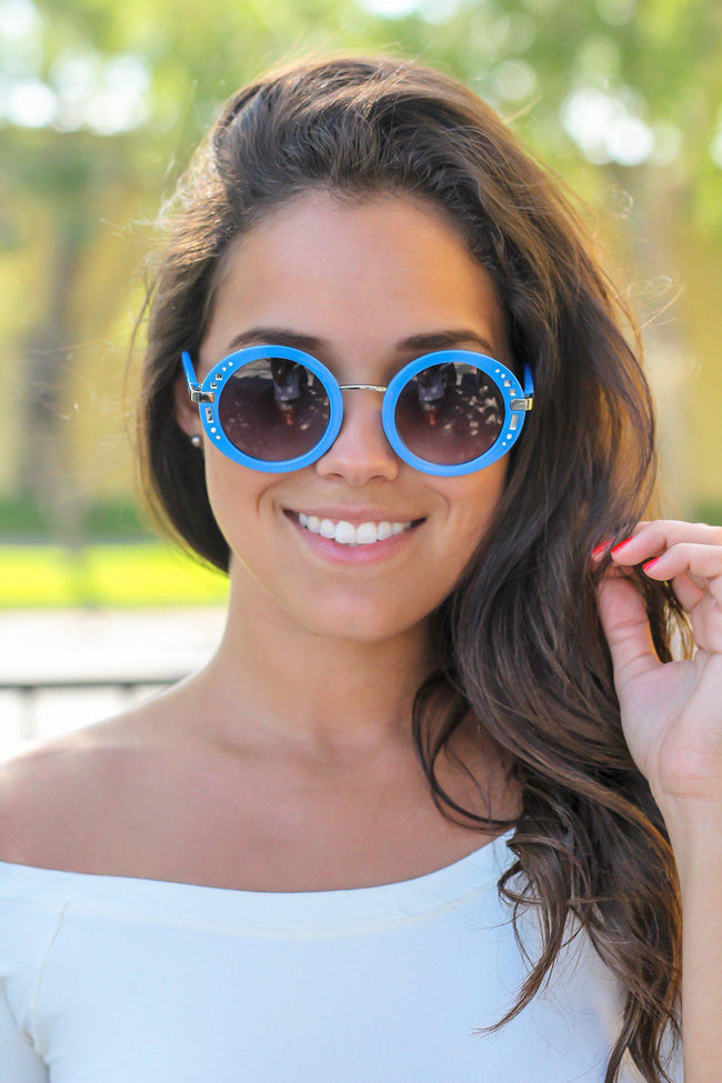 Blue Round Sunglasses with Silver Detail