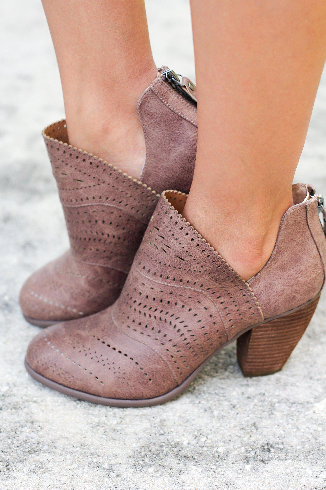 Cinati Taupe Booties