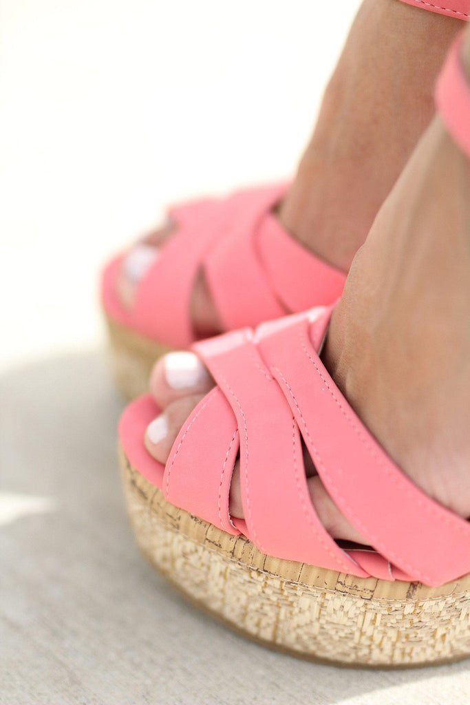 coral fashion wedges