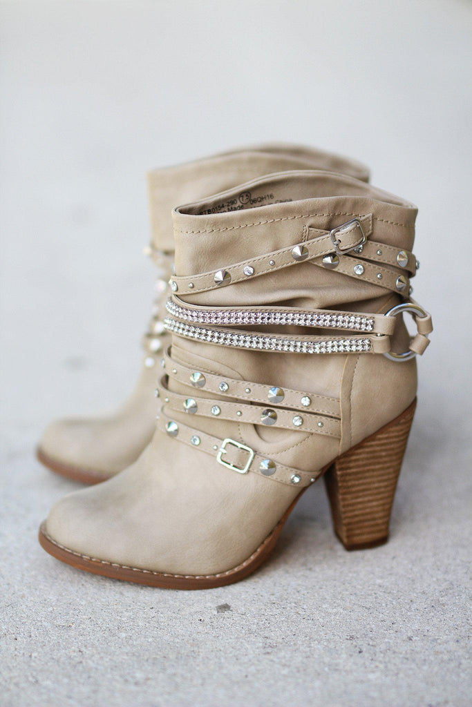 Swazy Cream Booties