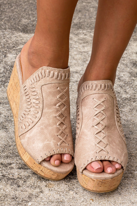 Francie Cream Wedges