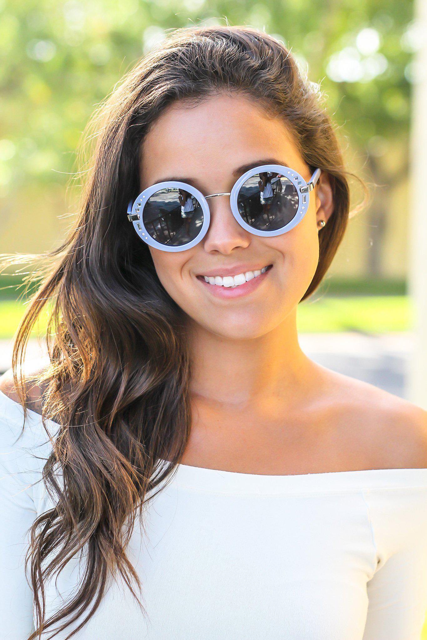 Gray Round Sunglasses with Silver Detail