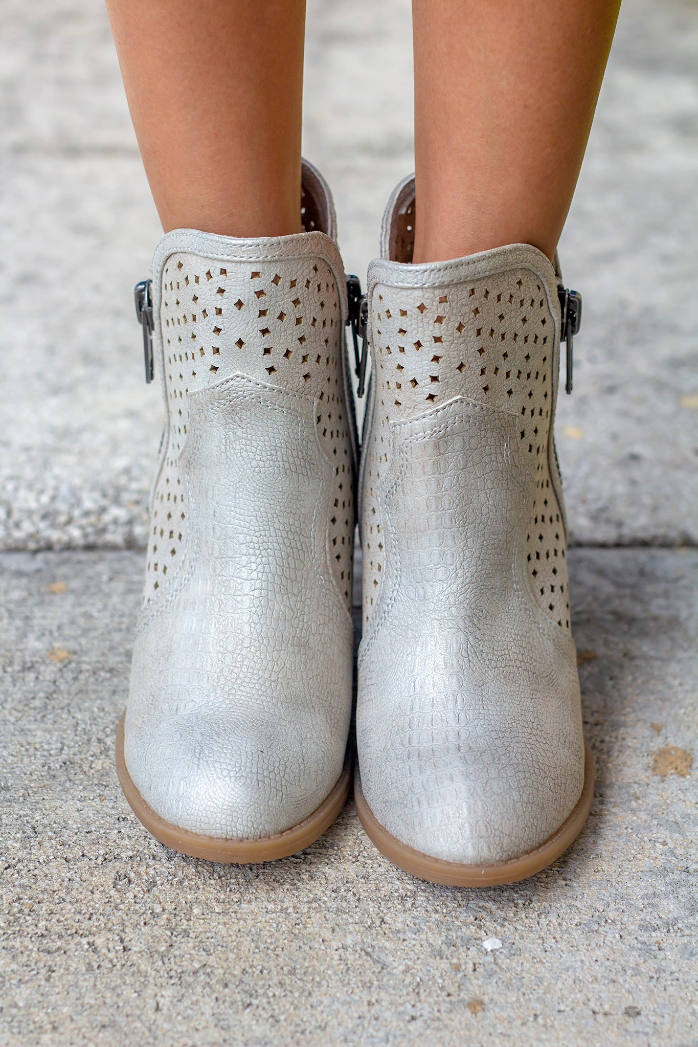 Gretchen Cream Booties