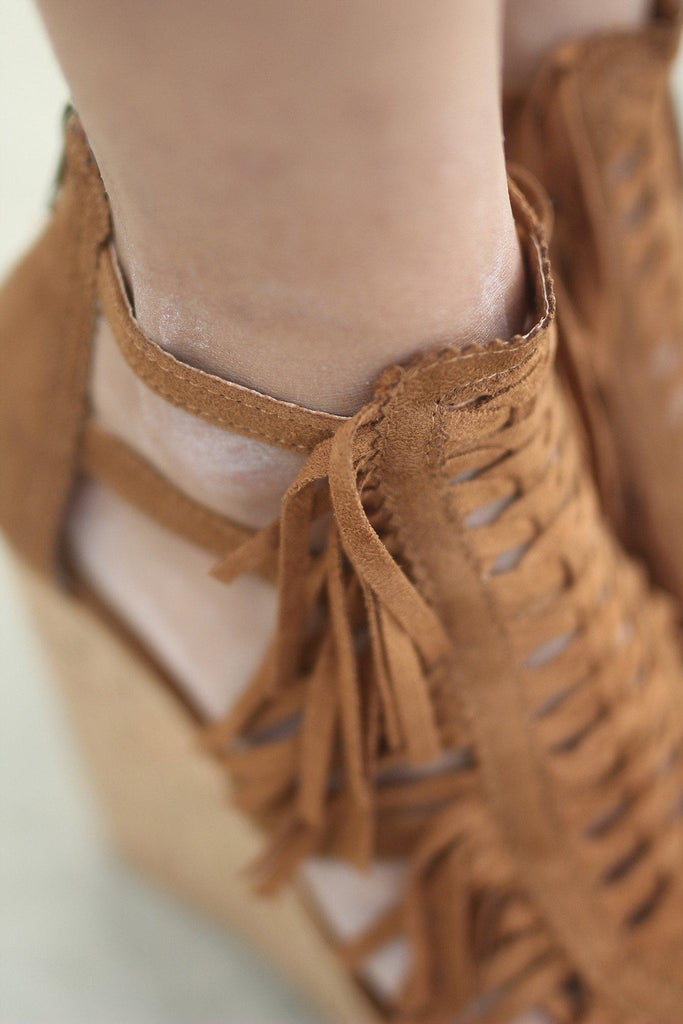 tan fringe summer wedges