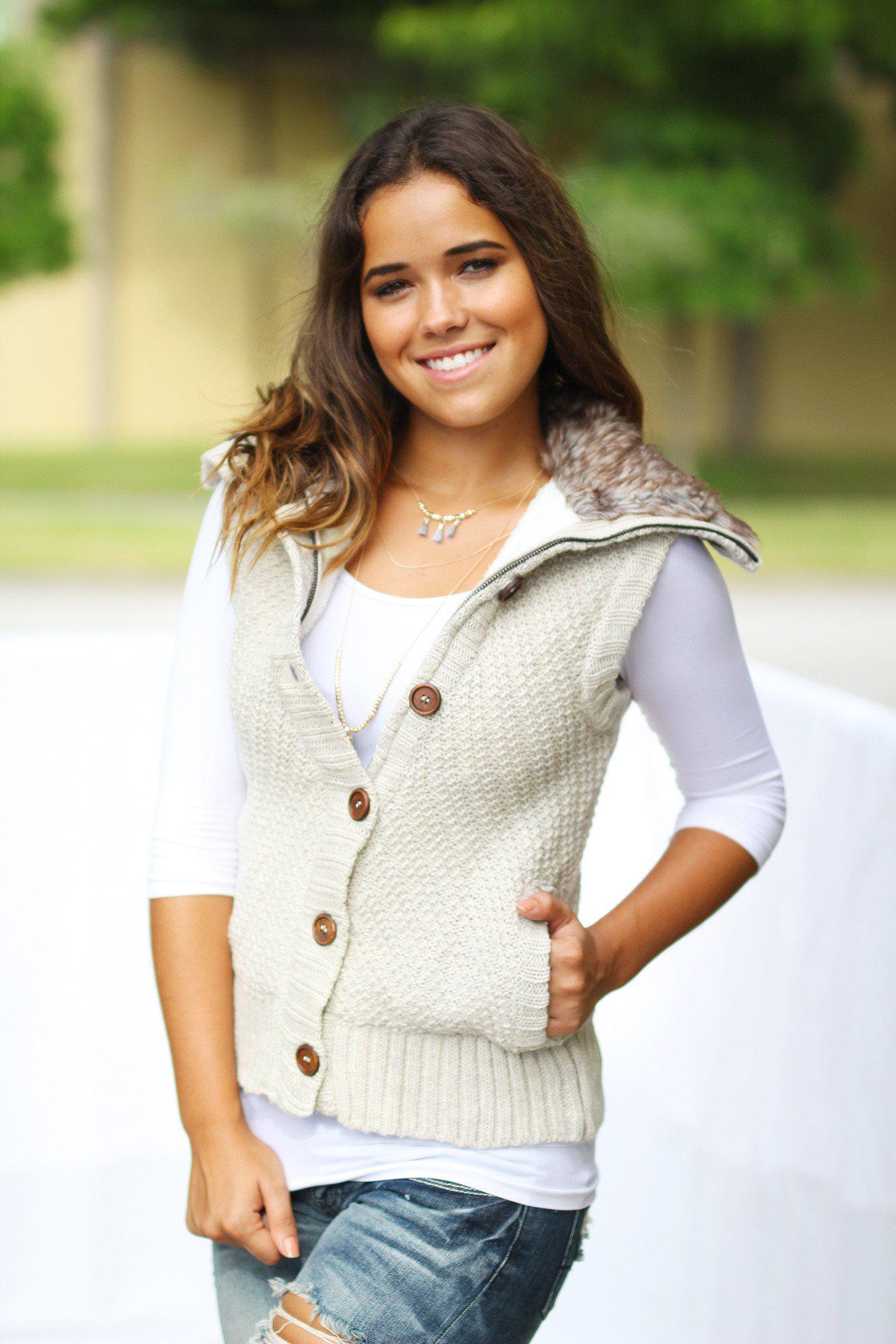 Khaki Sweater Vest With Fur