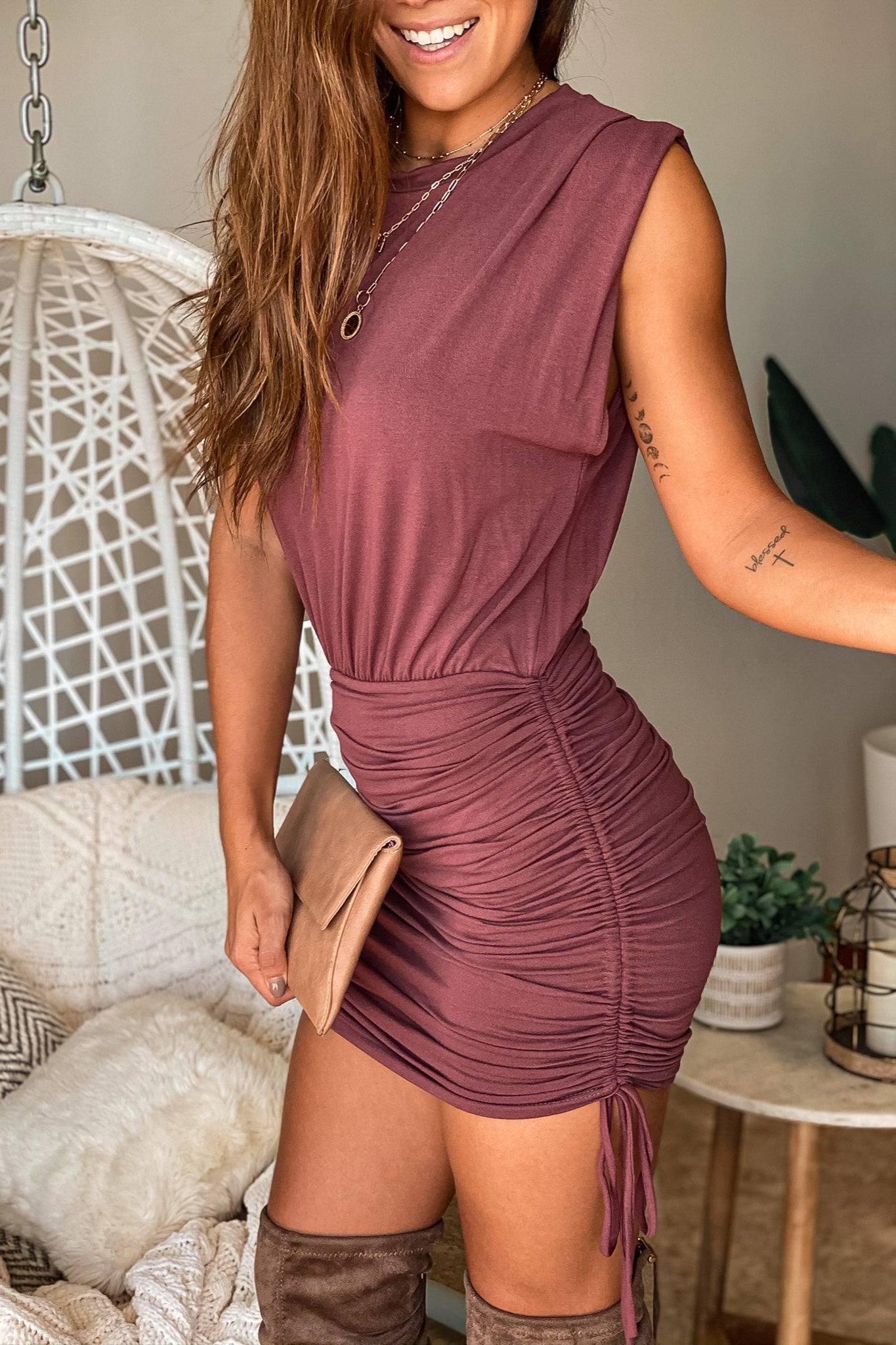 Lifestyle burgundy short dress with pull strings