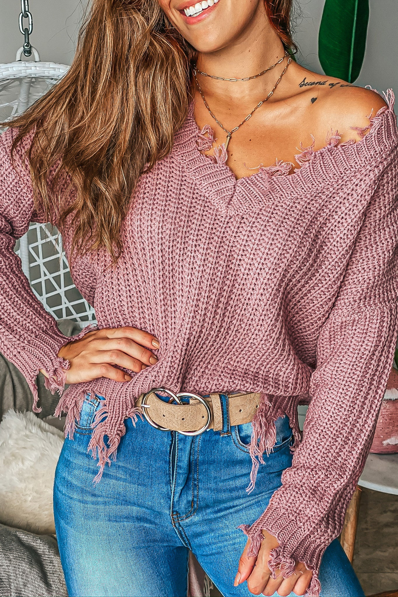 Lifestyle mauve v-neck distressed sweater