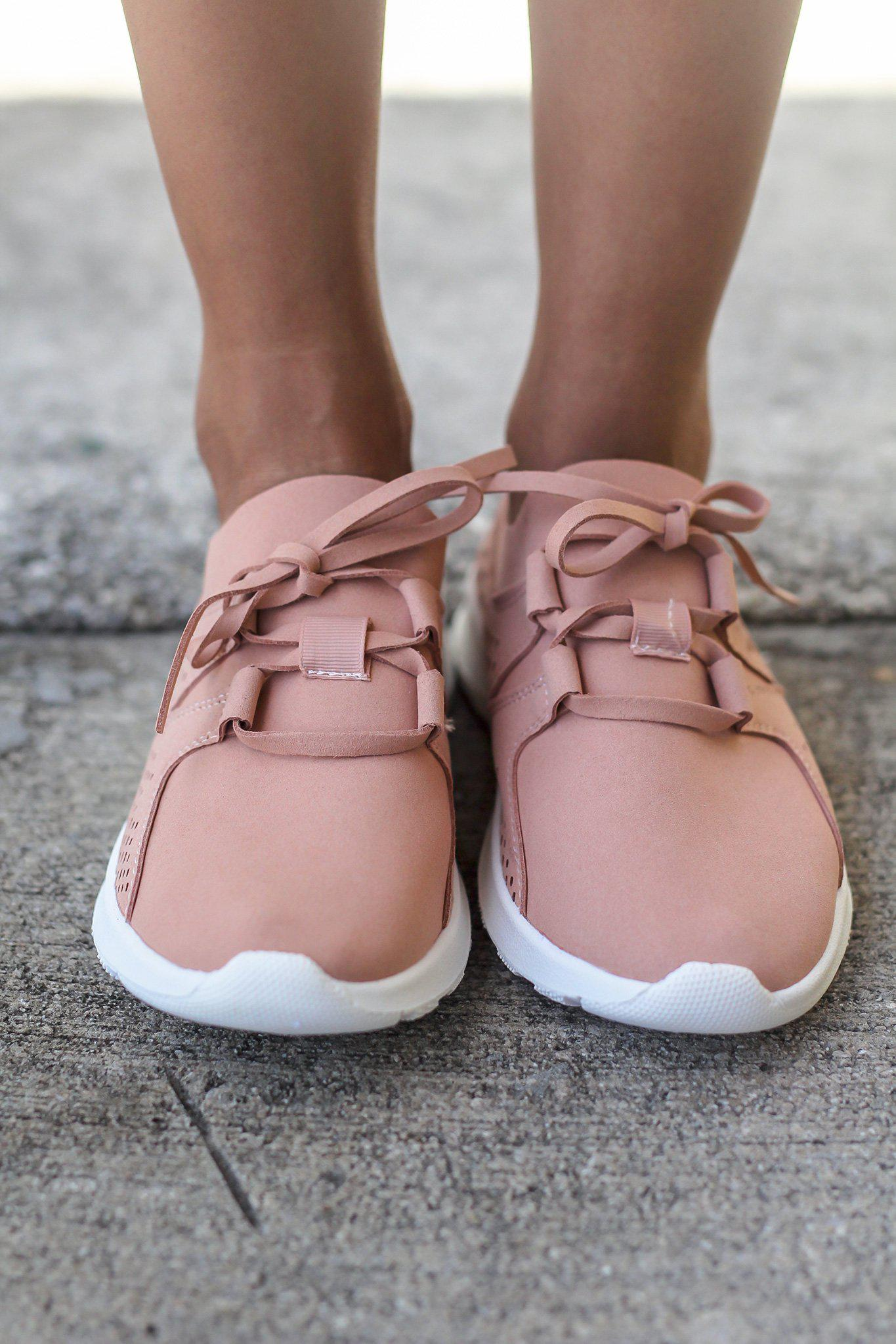 Marie Blush Sneakers
