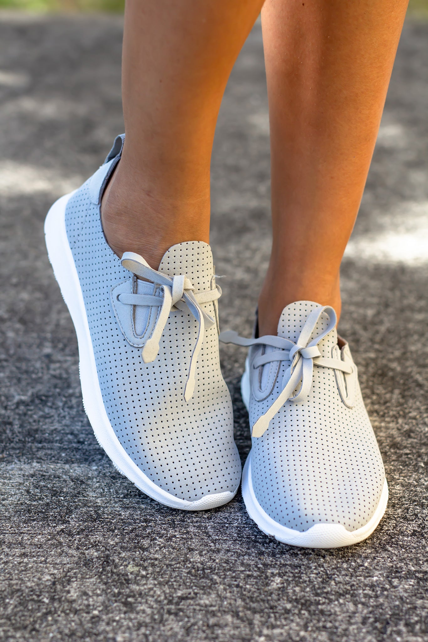 Marlow Light Gray Sneakers
