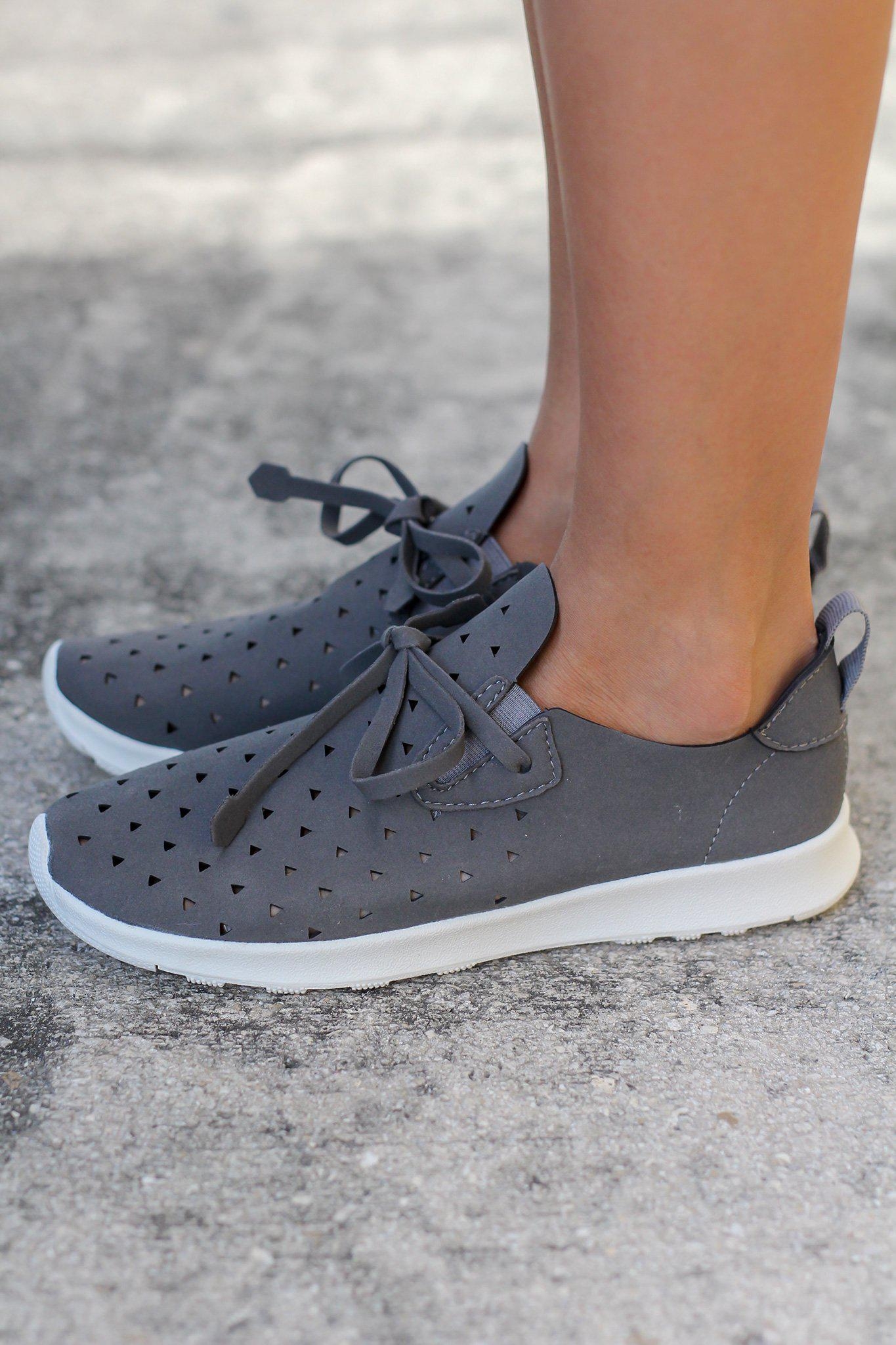Marlum Gray Sneakers