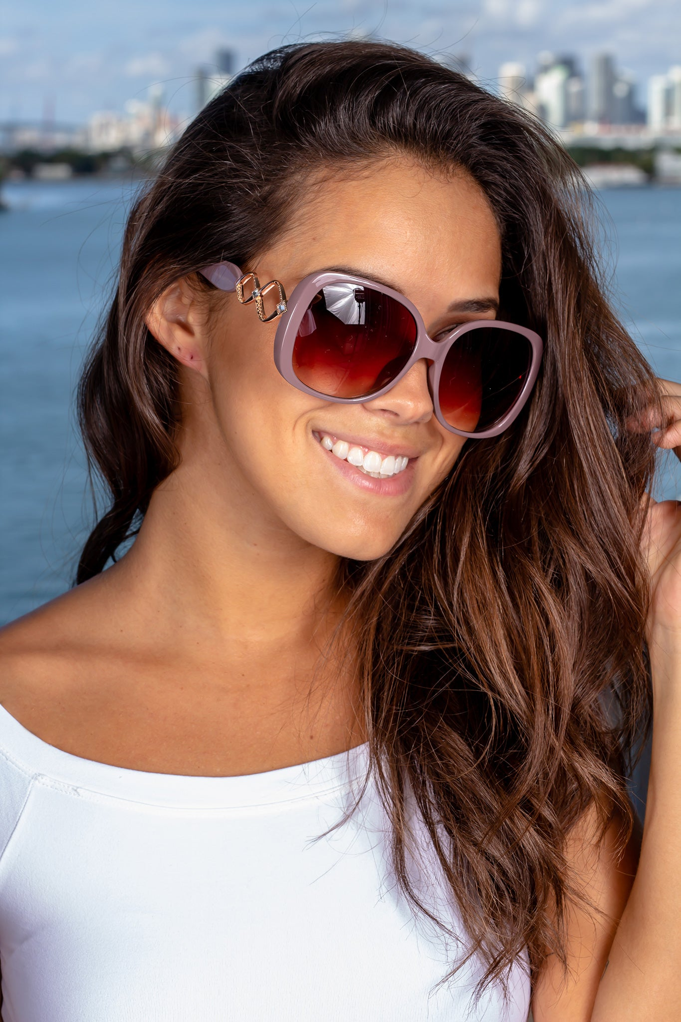 Mauve Squared Sunglasses with Rose Gold Details