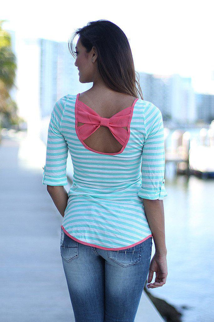 striped pink back bow top