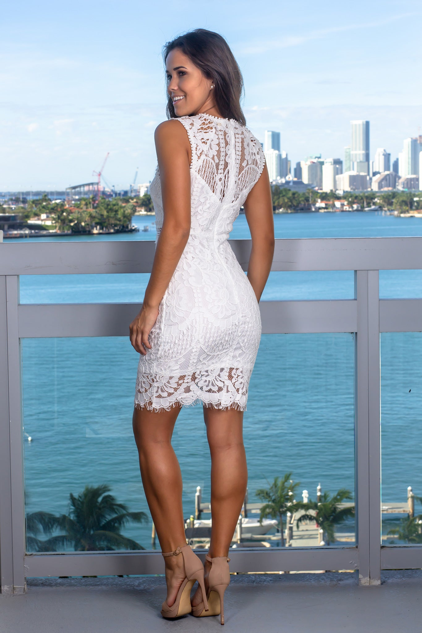 Off White Lace Sleeveless Short Dress