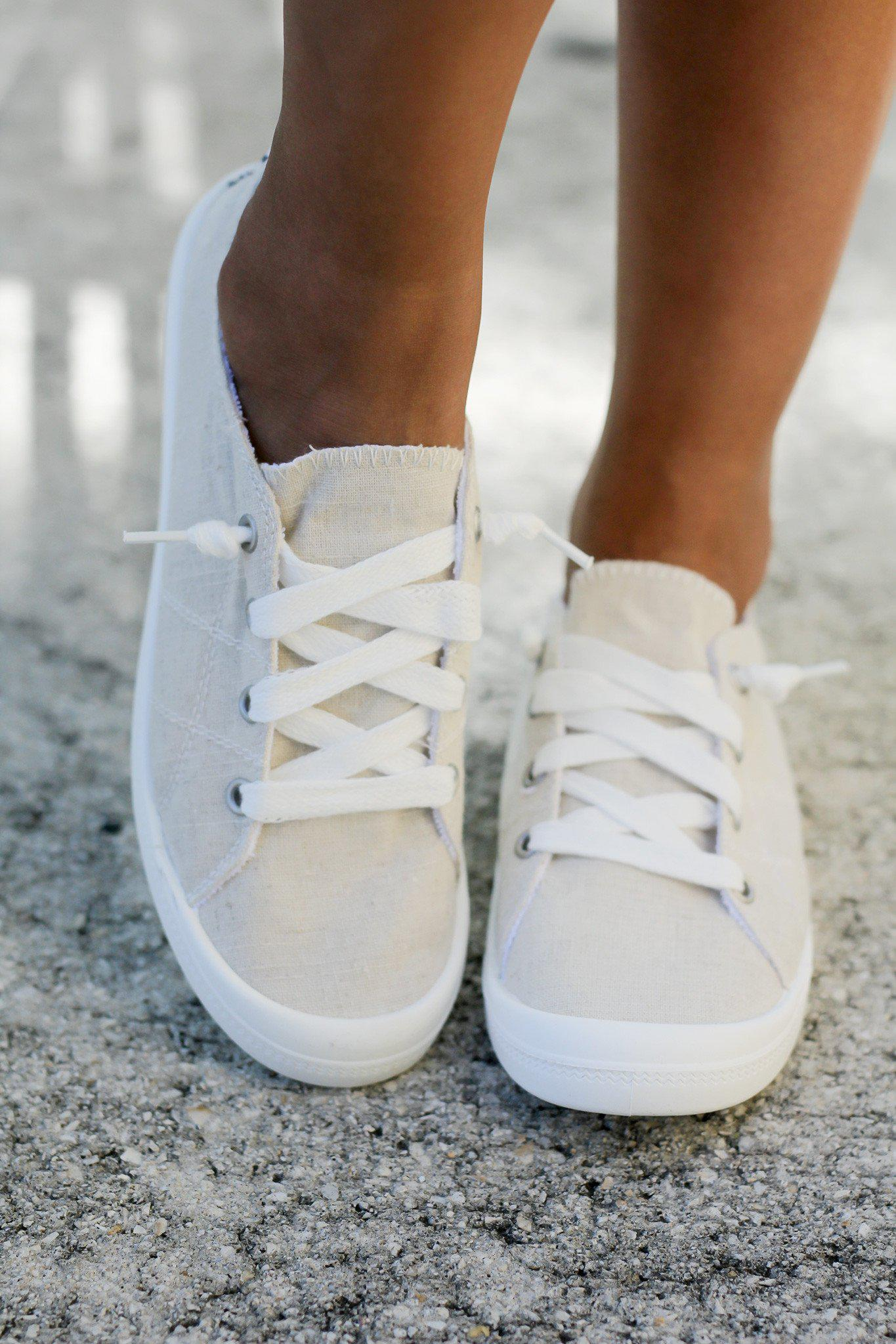 Rae Cream Sneakers