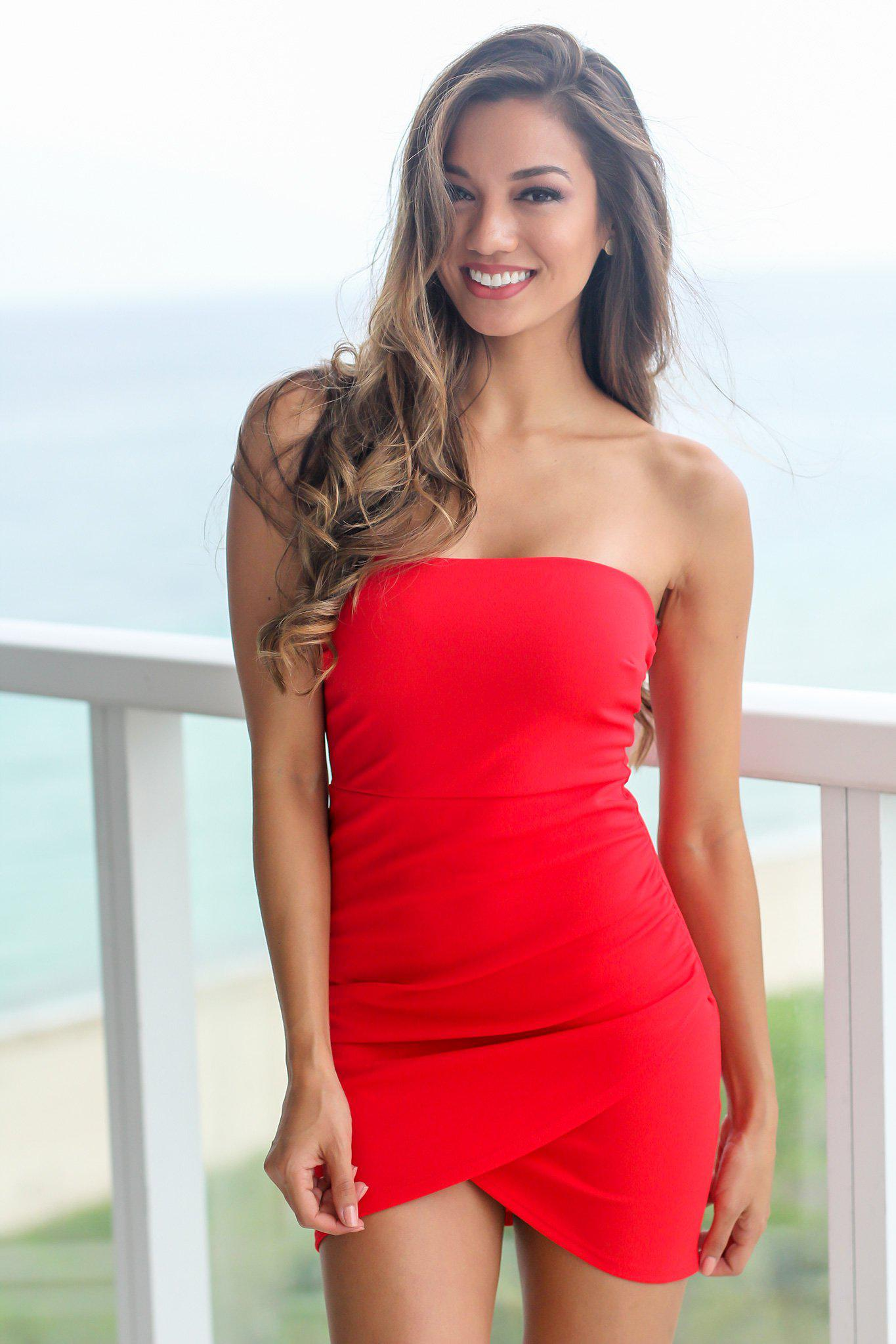 Red Strapless Dresses