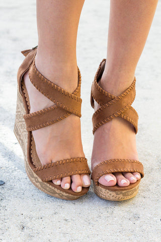 Remi Tan Wedges